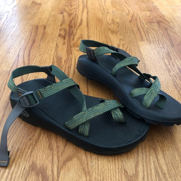 f2e13dc876d Chaco Other - Men s Chaco fishpond classic strap sandals